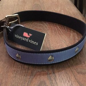 Vineyard Vines Belt Size 30 Sailboat Icon NWT